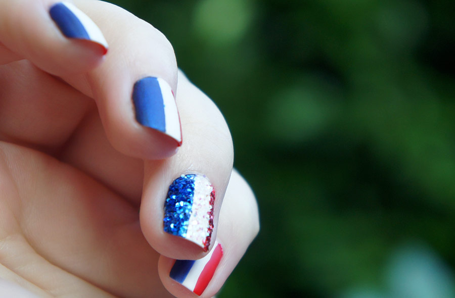 Nail Art n°3 : Flags par Emilie