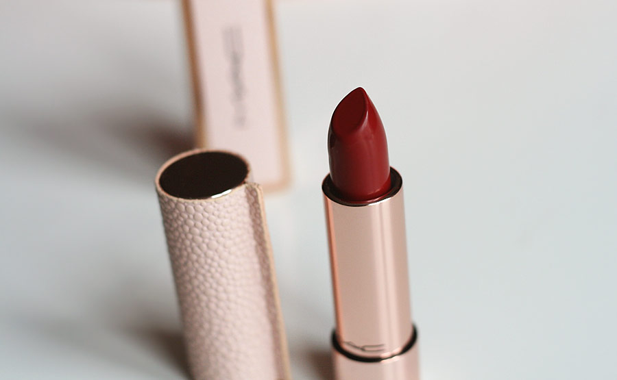 Making Pretty / Runway Red - MAC