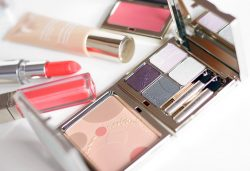 Opalescence – Clarins