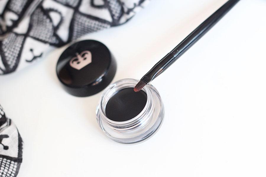 ScandalEyes waterproof gel eyeliner - Rimmel