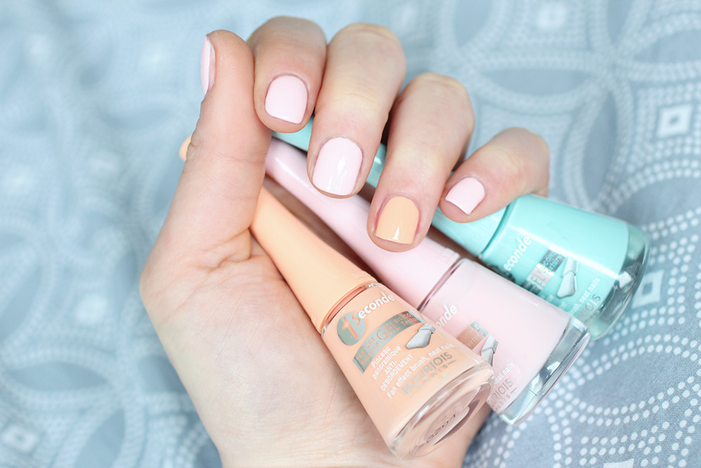 Swimming Cool / Vernis 1 Seconde n°49 Pink-itude & n°51 Palm Peach - Bourjois