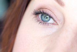 Make-up lumineux 100% Clarins