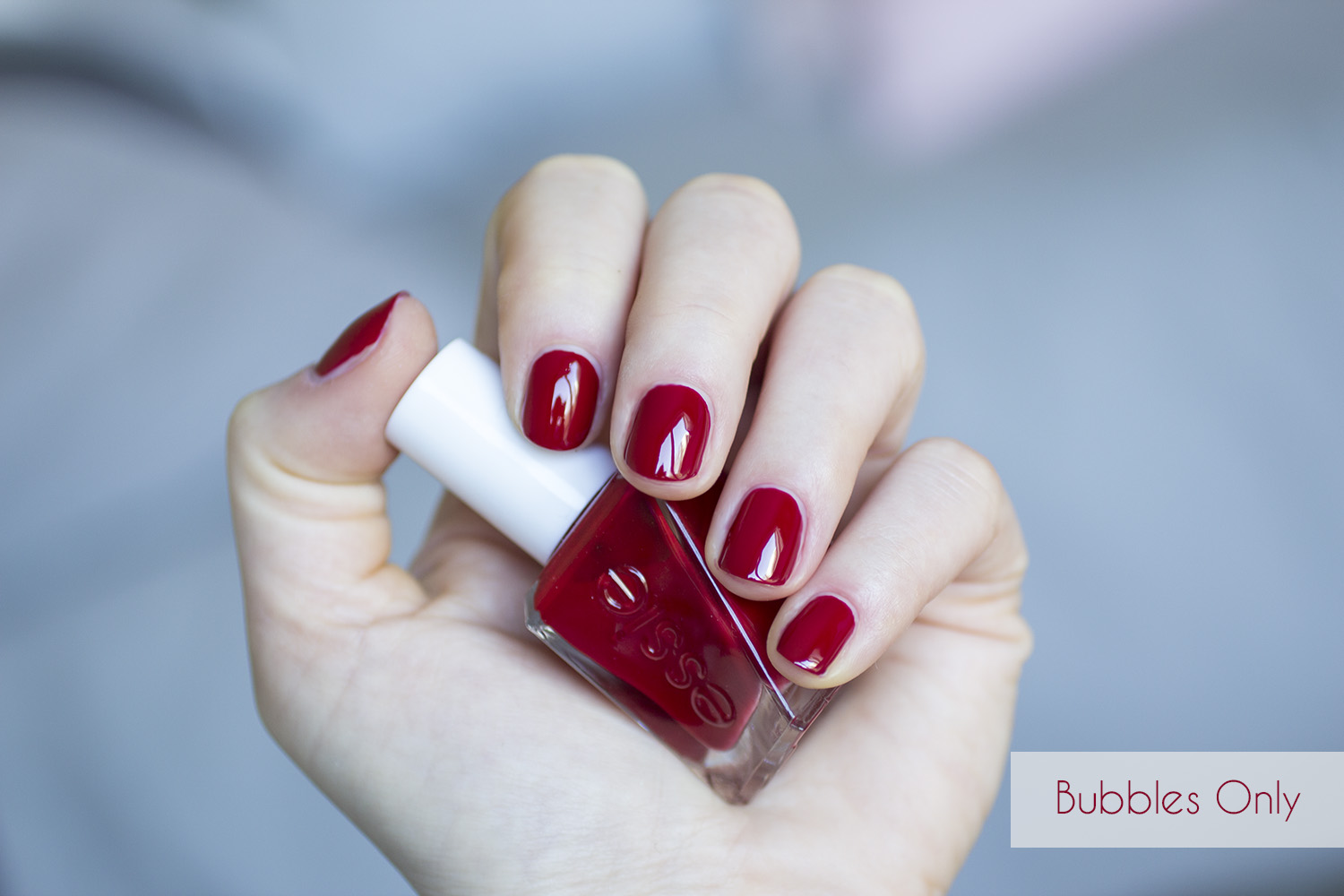 Gel Couture Bubbles Only - Essie