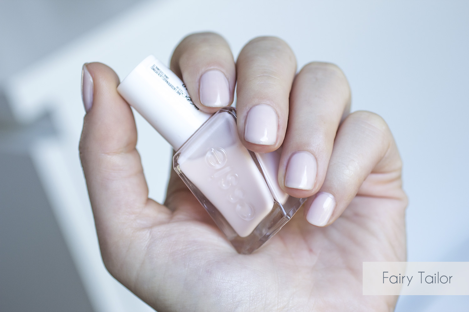 Gel Couture Fairy Tailor - Essie